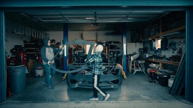 Неожиданный финал: отец и сын напечатали Lamborghini на 3D-принтере