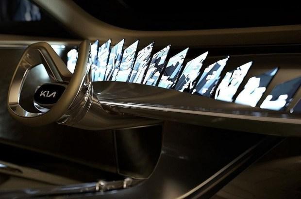 Hyundai Santa Fe и KIA Sorento перейдут на электротягу в течение года