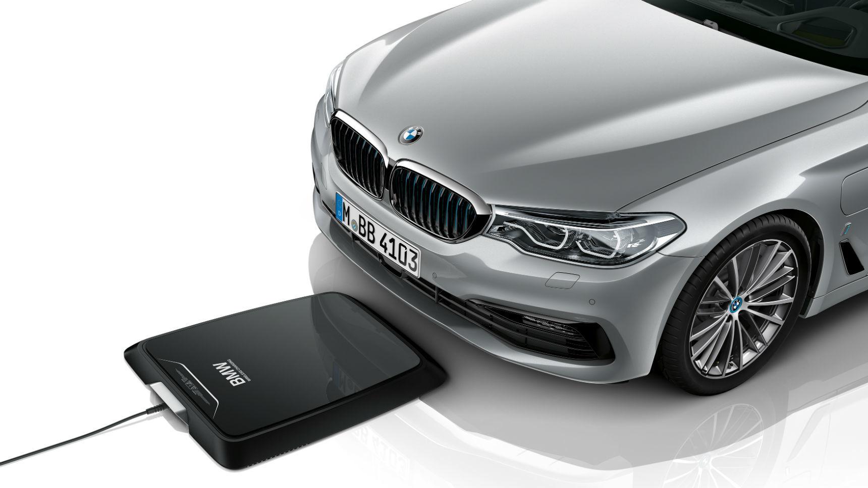 Электрокары BMW получат беспроводную зарядку