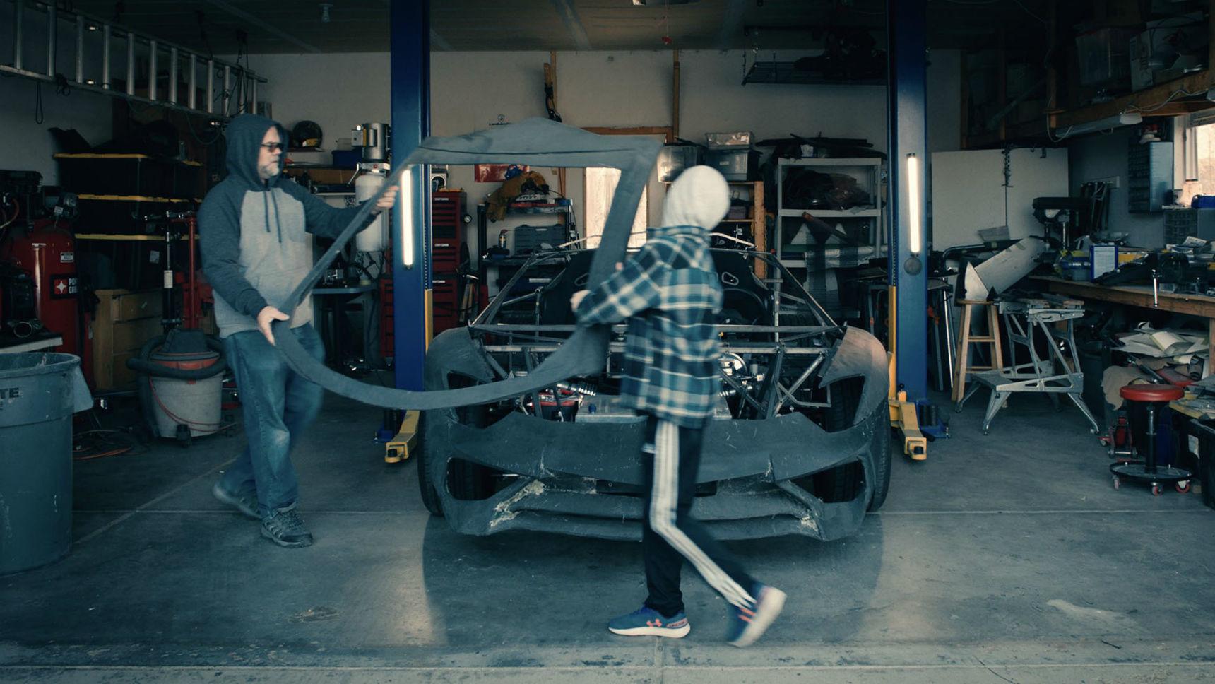 Создатели реплики Lamborghini получили на Рождество настоящий суперкар