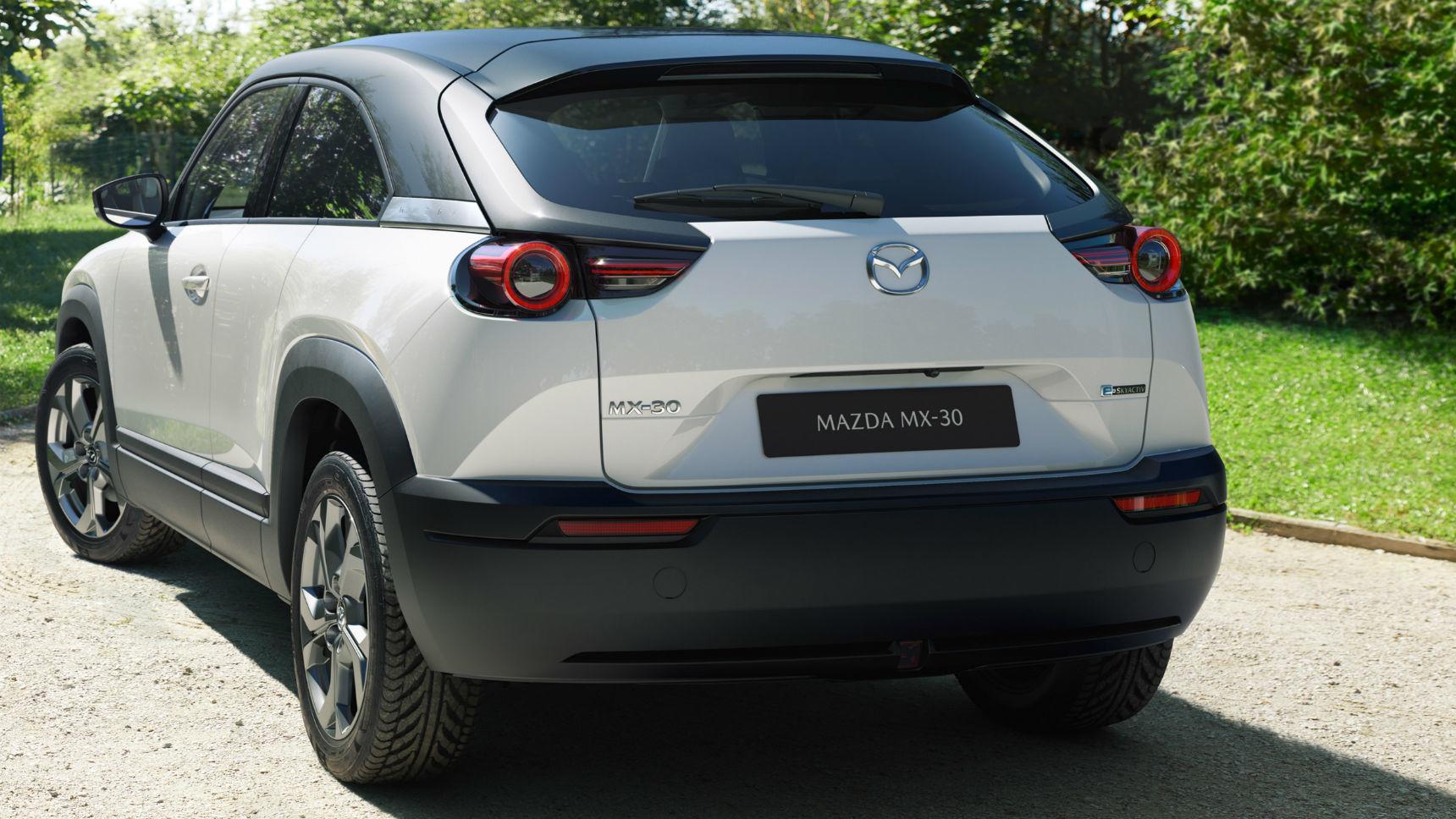 Mazda объяснила скромные аккумуляторы на MX-30