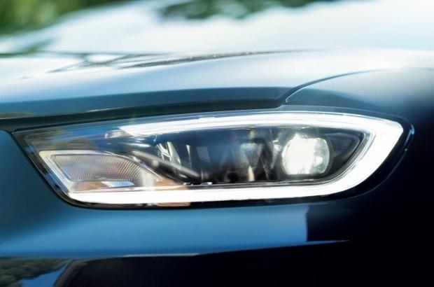 Минивэн Chrysler Pacifica обновился и стал полноприводным