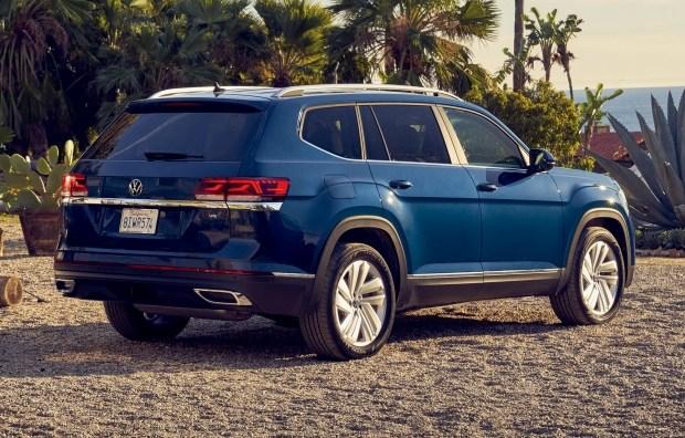 Volkswagen представила обновленный большой кроссовер Atlas