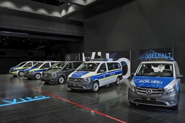 Электромобиль Mercedes-Benz EQC получила немецкая полиция