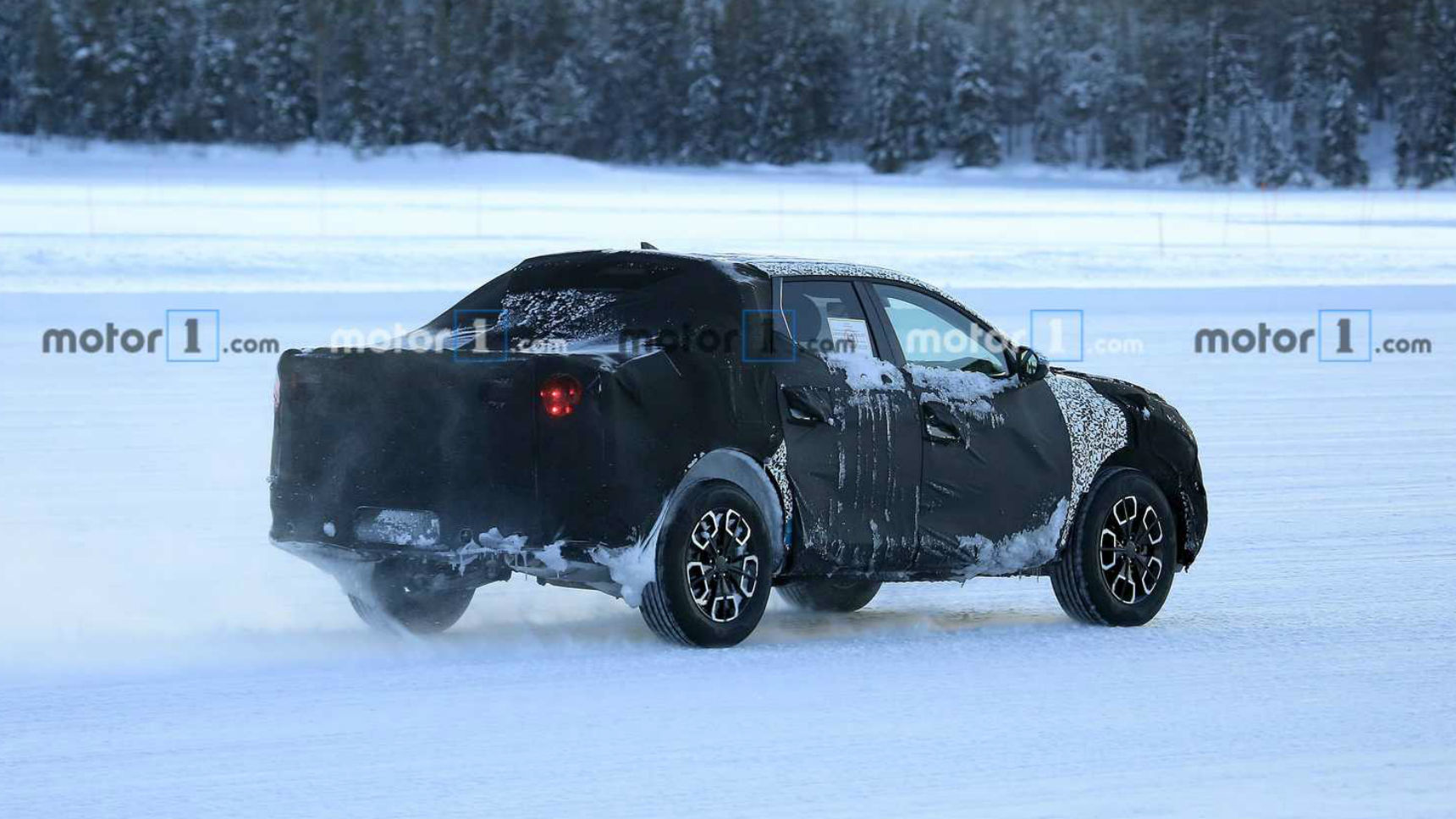 Hyundai приступил к тестам пикапа