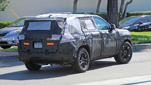 Подтвержден скорый дебют нового Jeep Grand Cherokee
