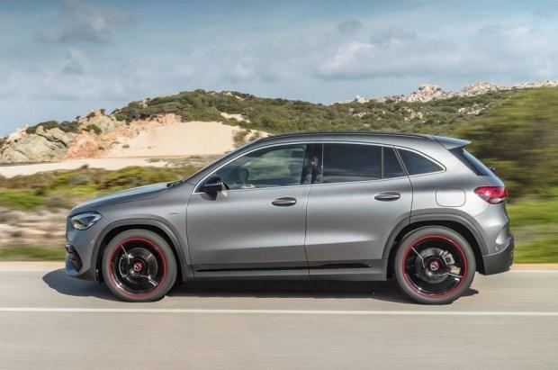 Стали известны цены на новый Mercedes-Benz GLA в Великобритании