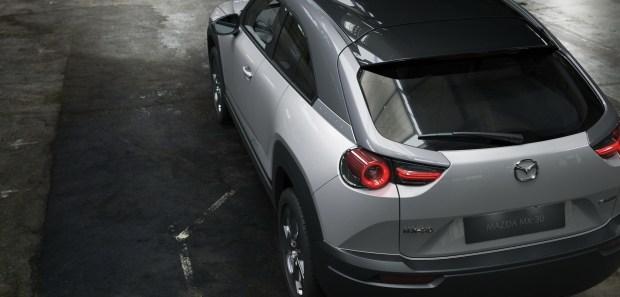 Mazda назвала цену на свой первый электромобиль