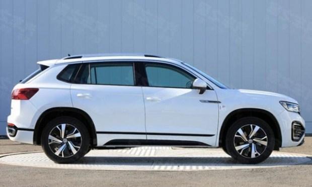 Стало известно когда новый кроссовер Volkswagen Tayron GTE появится у дилеров