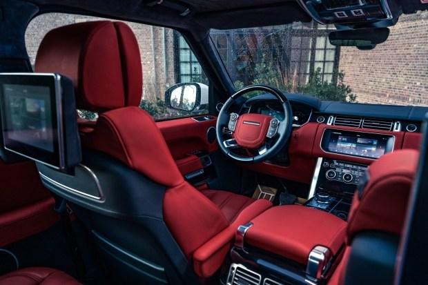 Тюнеры сделали из внедорожника Land Rover трехдверное купе и пустили в серию