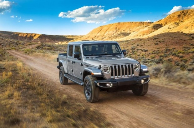 Jeep отзывает автомобили из-за угрозы возгорания
