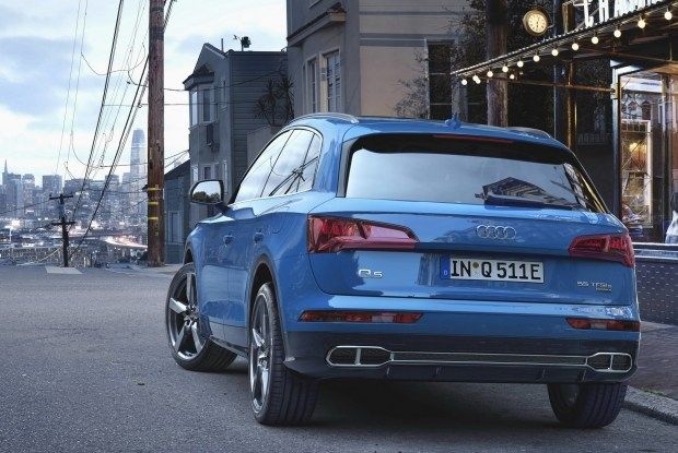 Уже осенью Audi выпустит купеобразную версию кроссовера Q5