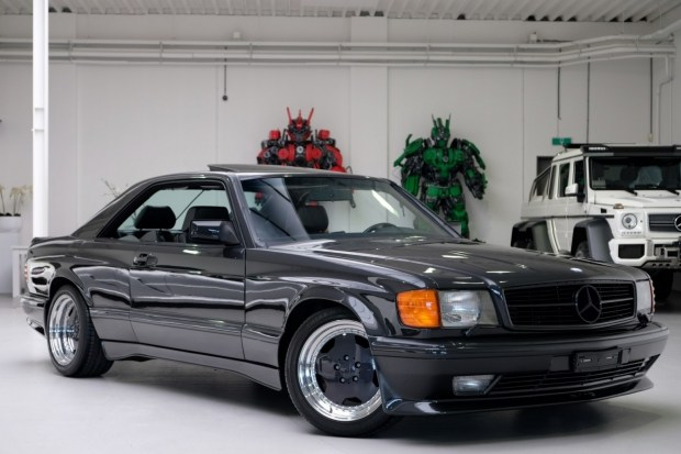 Редкое купе Mercedes-Benz 1989 года в идеальном состоянии выставила на продажу