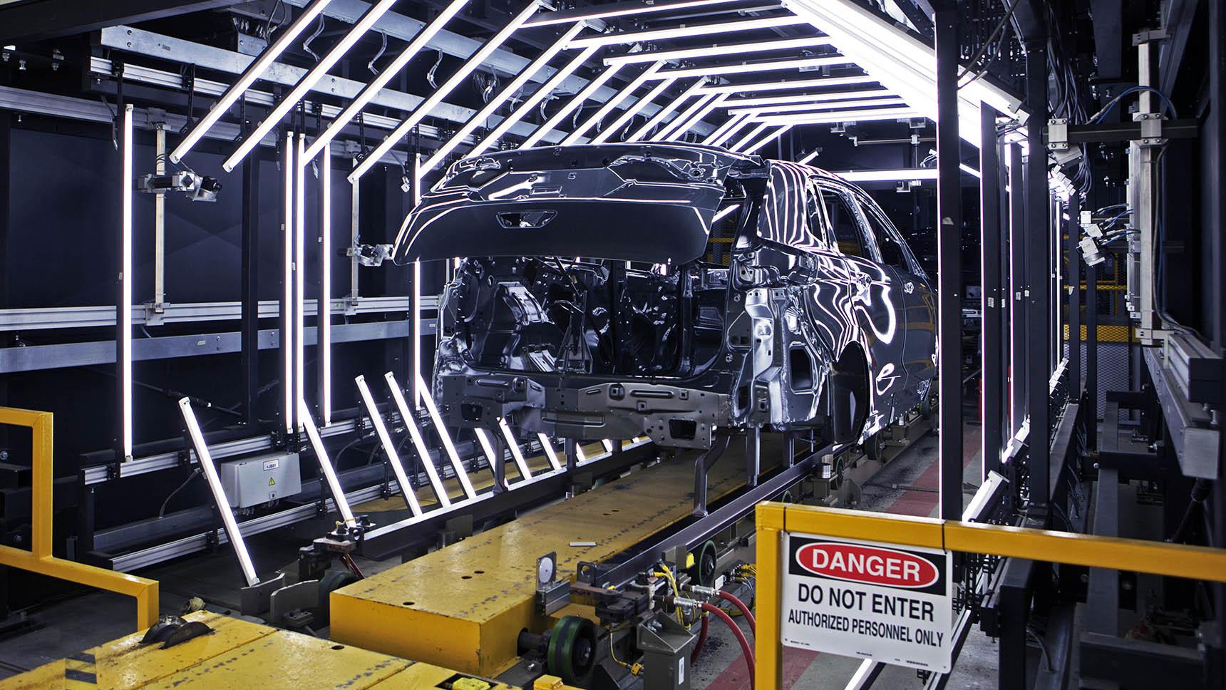 Что общего у автомобилей и аппаратов ИВЛ: зачем правительства просят помощи у автоконцернов