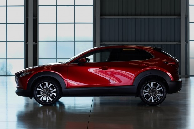 Нова MAZDA CX-30 - нові дороги, нові можливості!