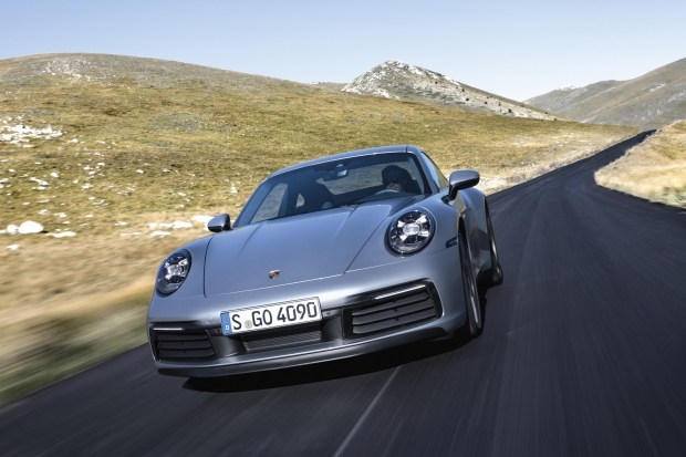 «Продуктивная роскошь»: победы Porsche Taycan