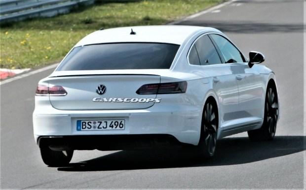 VW решил «поиграть мускулами»: на подходе «заряженный» Arteon R