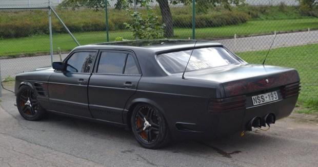 Знатно поиздевались: тюнинг S-Класса в кузове W126