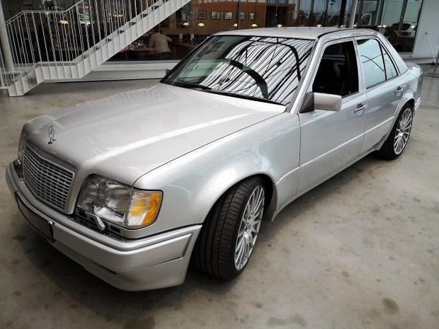 124-ый Mercedes по цене нового Maybach