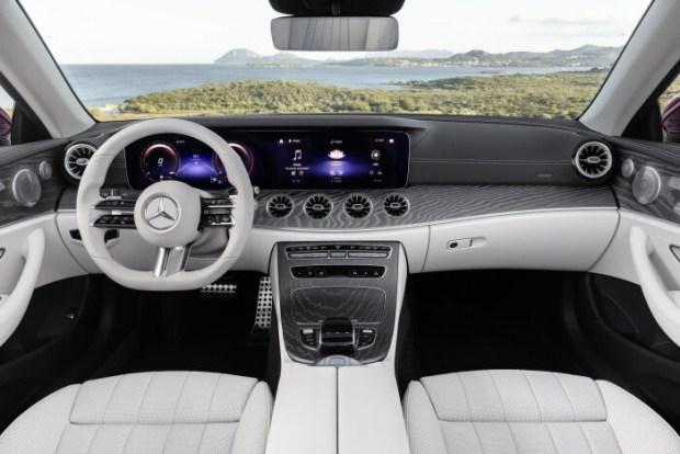 Обновленные купе и кабриолет Mercedes-Benz E-Class представлены официально