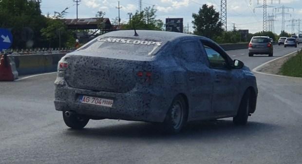 Новый Renault Logan замечен на испытаниях