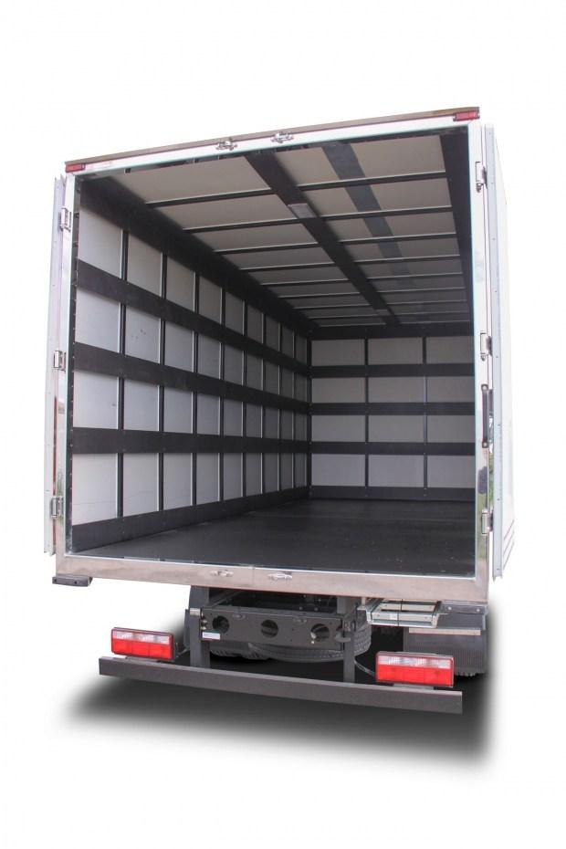 В Украине стартовало производство новой модели грузового фургона FAW!