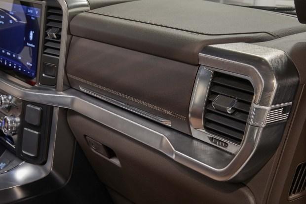 Приятные мелочи: «пасхалки» нового Ford F-150