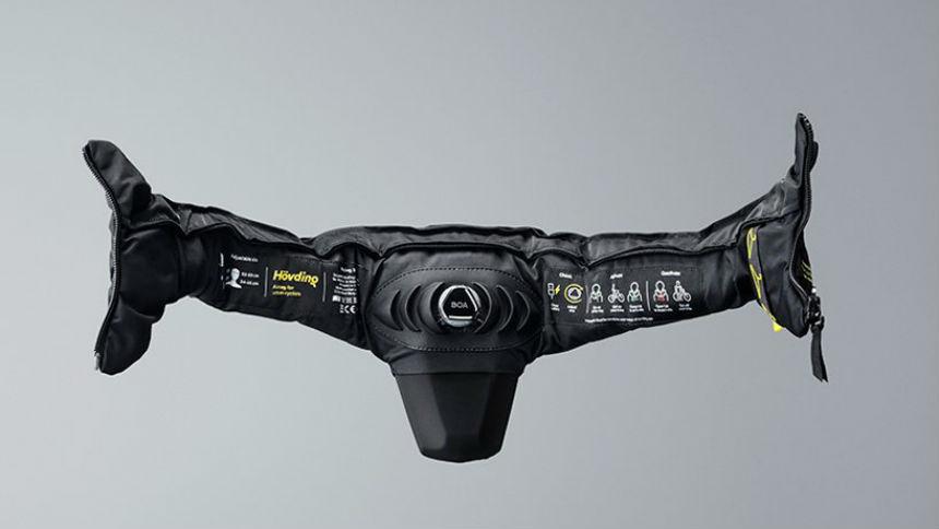 Шведы придумали надувной шлем для двухколесных