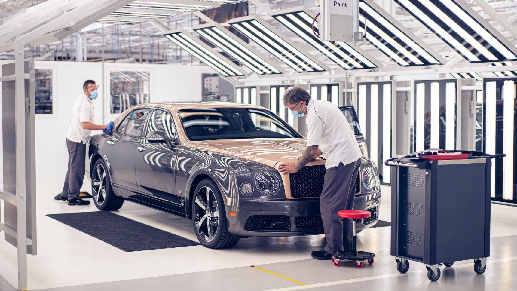 Самый роскошный Bentley отправлен на покой