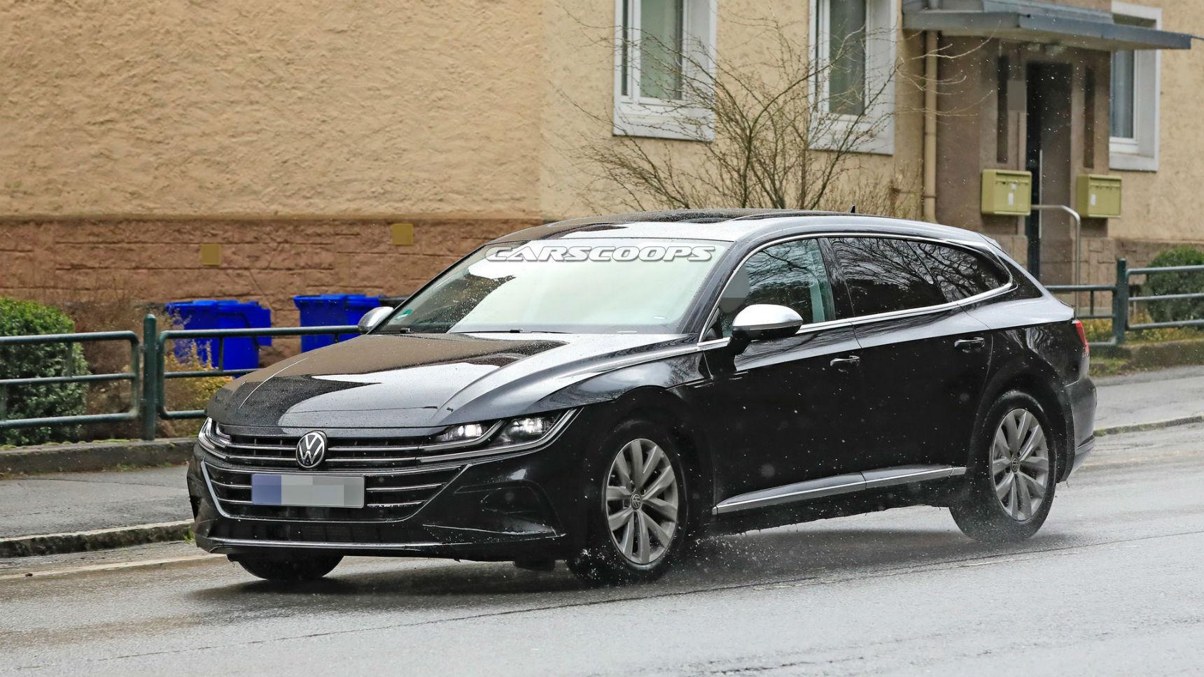 Новый VW Arteon Shooting Brake замечен без камуфляжа