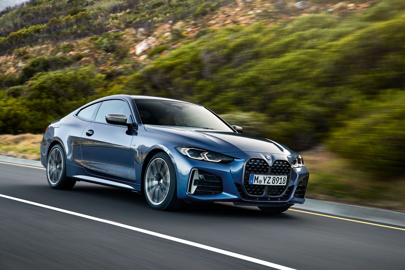 BMW представила новый 4 Series и назвала рублевые цены