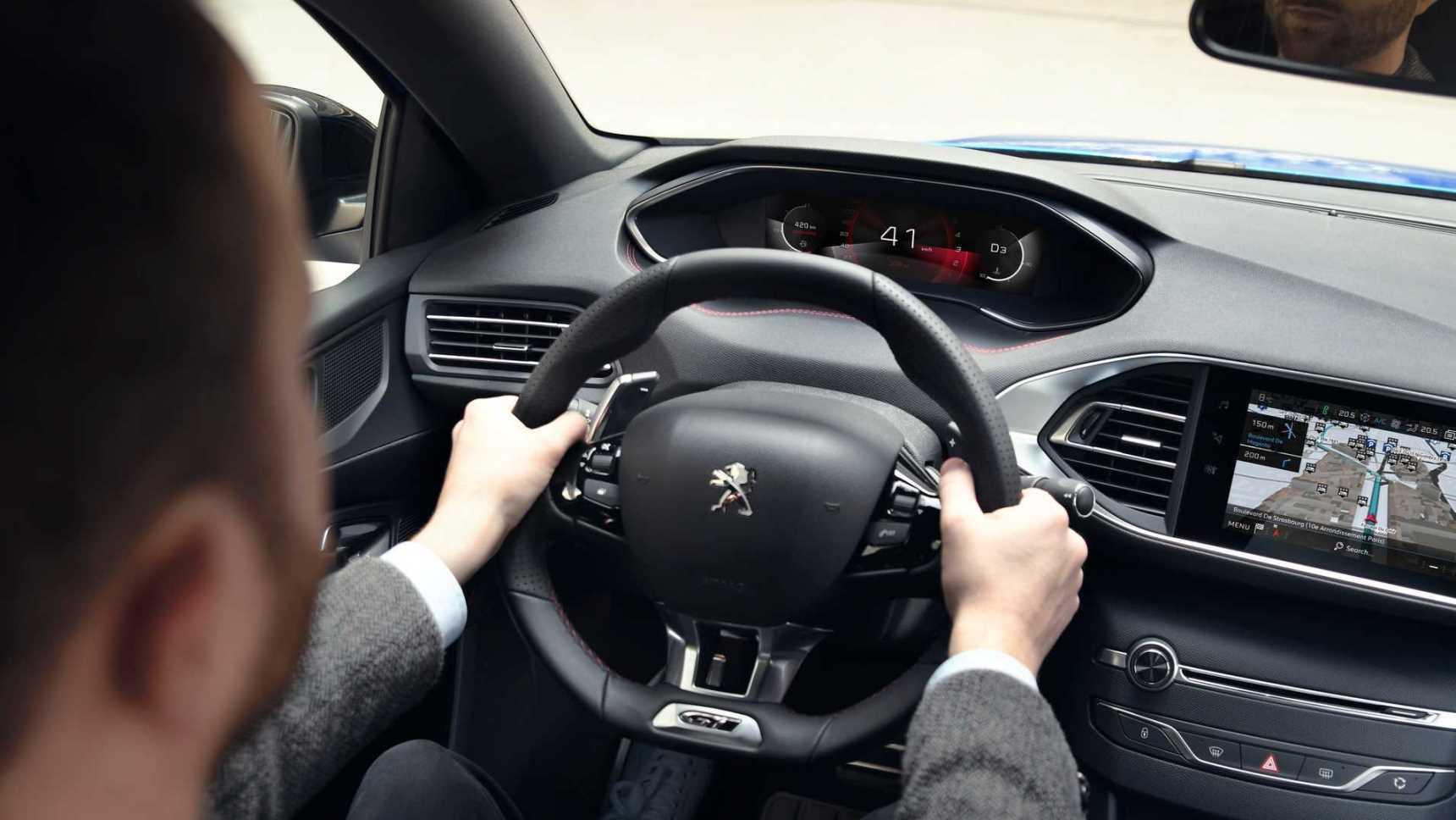 Peugeot 308 обновили в последний раз