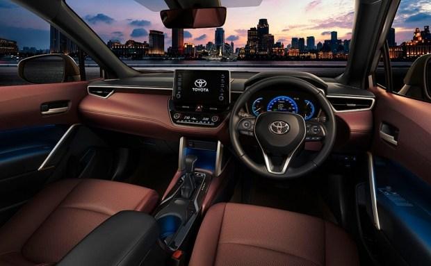 Toyota представила новый кроссовер Corolla Cross