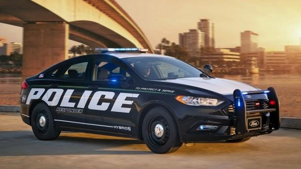 Полицейский Ford - символ расизма?!
