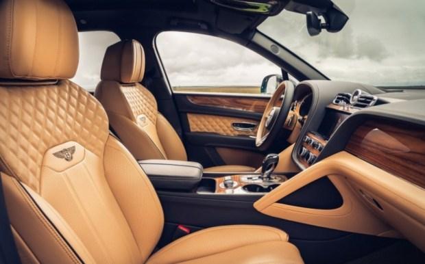 Bentley представила 4-местный вариант обновленной Bentayga