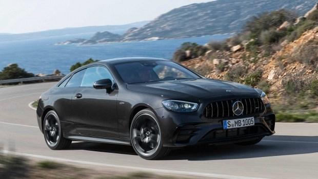 Снова «ЦеЭлКа»? Mercedes-Benz может заменить купе C и E-класса новой моделью