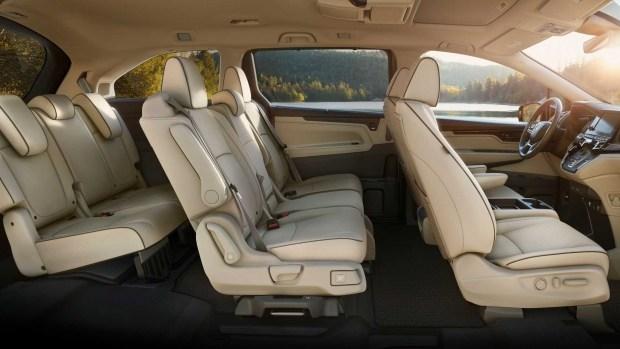 По чем обновленная Honda Odyssey?