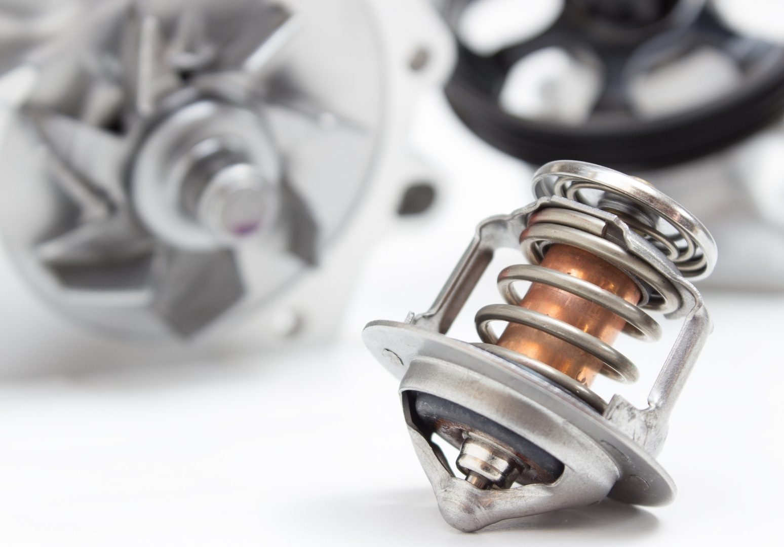 Как просто и быстро починить систему охлаждения мотора в жару