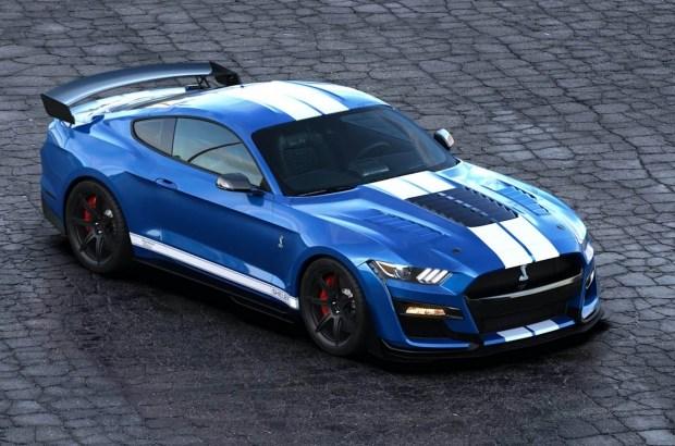 Mustang Shelby GT500: мощности, нужно больше мощности!