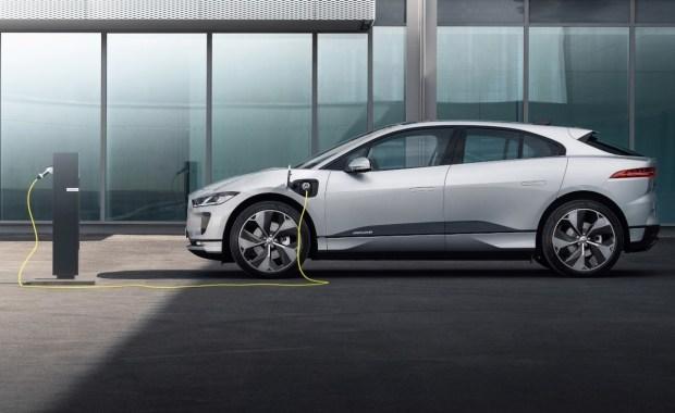 Вдосконалений Jaguar I-Pace 2021: нові технології і прискорена зарядка