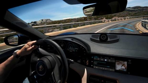 Porsche готовит убийственый Taycan в версии GT