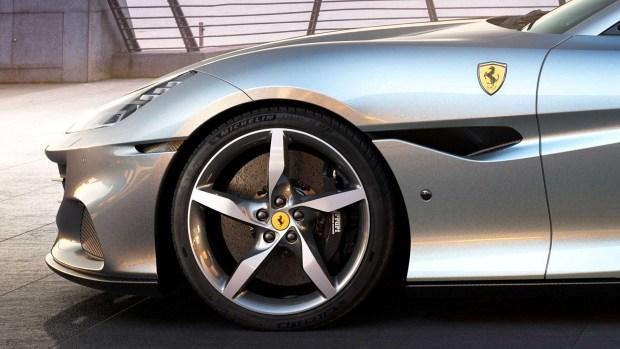 «M» теперь не только BMW: представлена мощная версия Ferrari Portofino