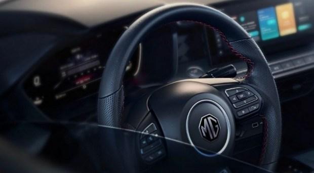 MG 5 превратился в купеобразный седан