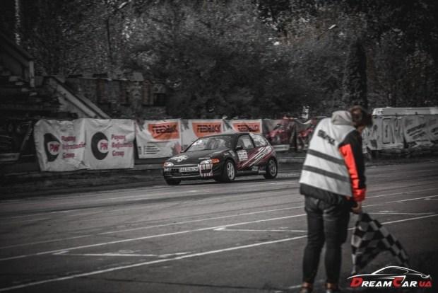 В Харькове построили Honda Civic, который быстрее гоночных Porsche!