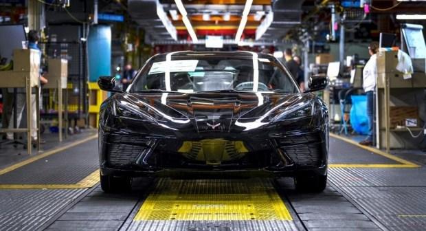 Chevrolet прекратит выпуск Corvette из-за нехватки комплектующих!