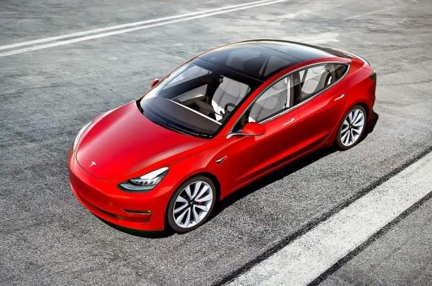 Tesla смогут защищать записи воров от воров