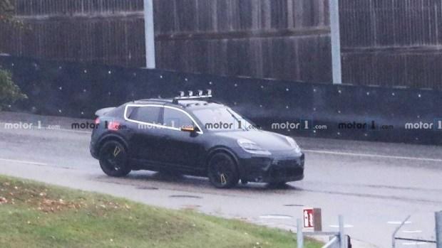 Porsche тестирует электрический Macan