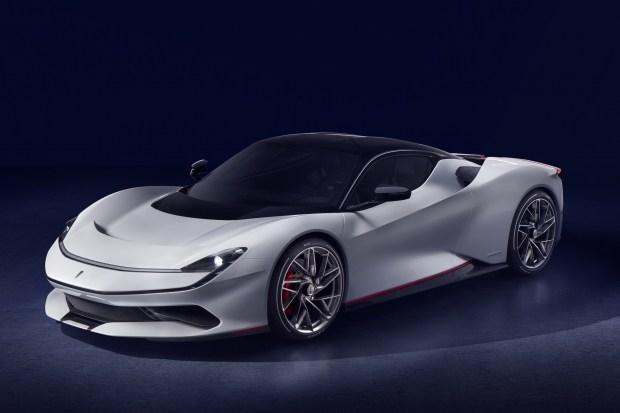 Pininfarina Battista получил стильную зарядку