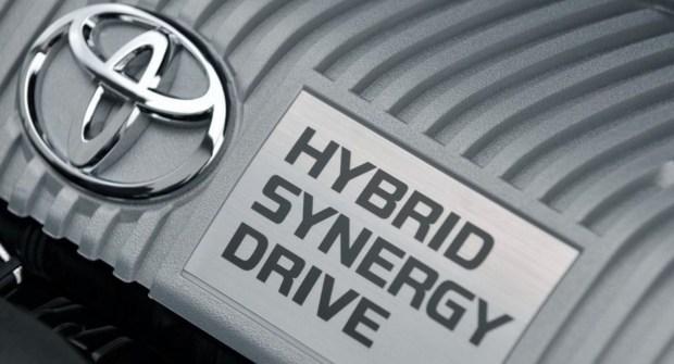 Гибридные технологии Renault стоят как и технологии Toyota