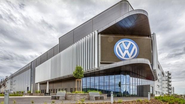 VW начинает собственное производство и тестирование батарей